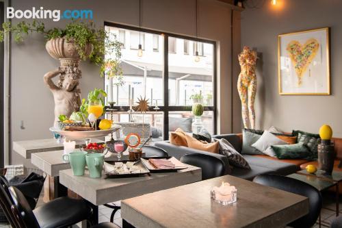 Apartamento pequeño parejas ¡Con terraza!