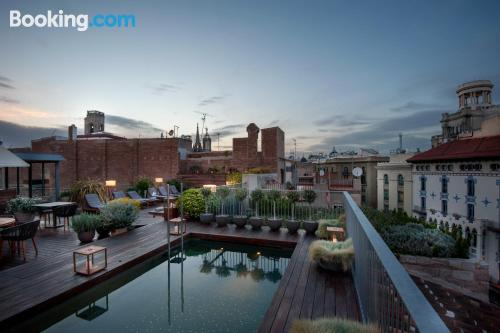 Apartamento bien situado con vistas en Barcelona