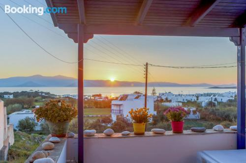 1 bedroom apartment in Agia Anna Naxos. Be cool, there\s air!