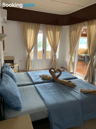 Apartamento con internet en Agios Georgios Pagon