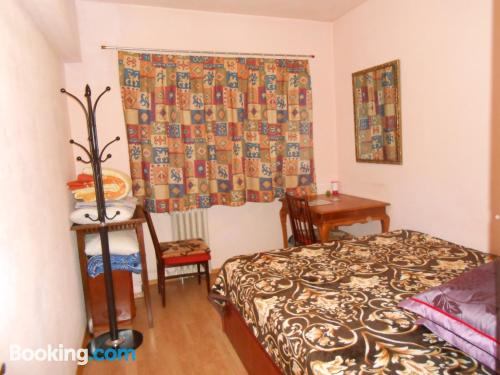 One bedroom apartment place in Bucharest with internet.
