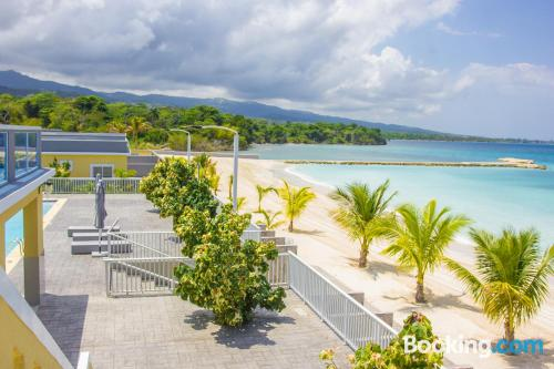 Place with terrace in Ocho Rios.