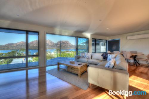 Home in Coles Bay with terrace!.