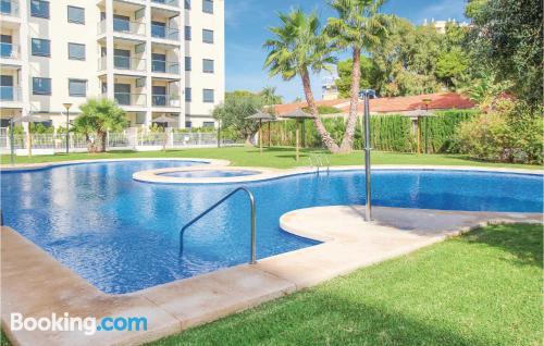 Apartamento en miniatura en El Campello con piscina