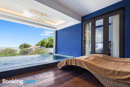 Apartamento con aire acondicionado, internet y vistas