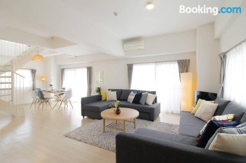 Apartamento para cinco o más en Hiroshima