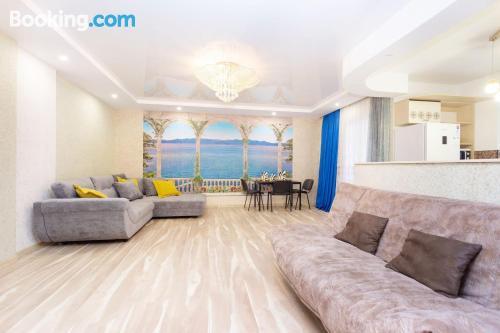 Apartamento para familias con calefacción y conexión a internet.