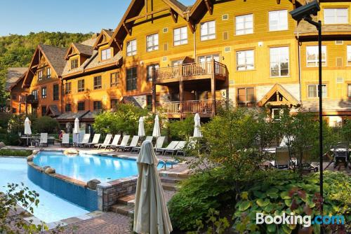 Place for 6 or more. Enjoy your swimming pool in Mont-Tremblant!.