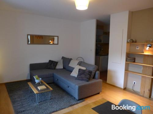 2 rooms place in Loudenvielle with internet.