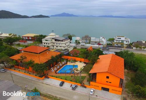 Apartment in Bombinhas. Be cool, there\s air!