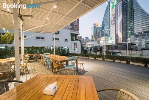 Apartamento con terraza. Perfecto para viajeros independientes