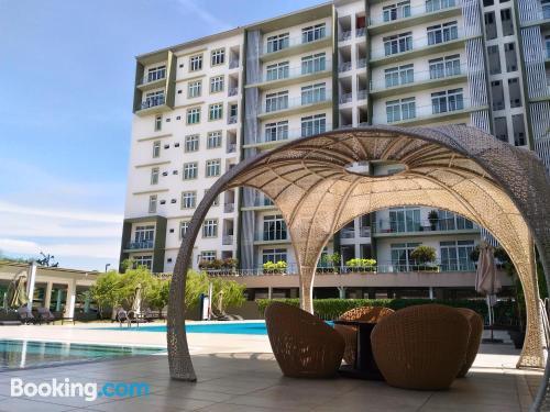 Apartamento en Kuching con terraza.