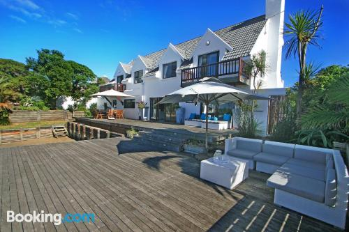 Place in St Francis Bay perfect for 6 or more.