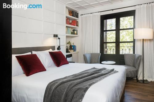 Apartment for couples in Barcelona with internet.
