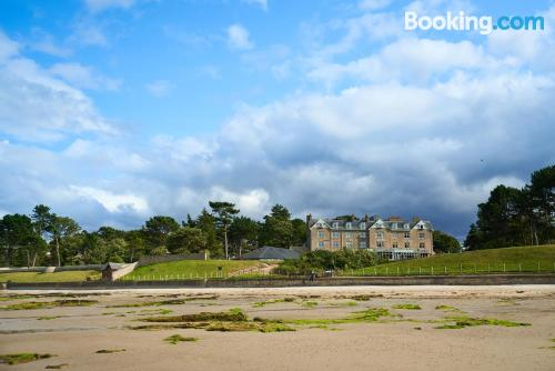 Home for 2 people in Nairn with internet