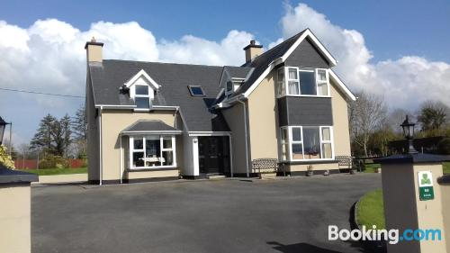 Apartment for couples in Kenmare with wifi.