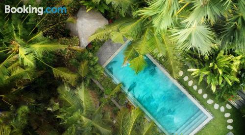 Apartamento con piscina para parejas