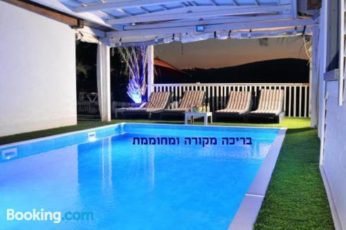 Apartamento pet friendly en Had Nes con piscina