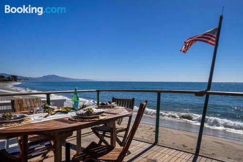 Place with terrace. Santa Barbara is yours!