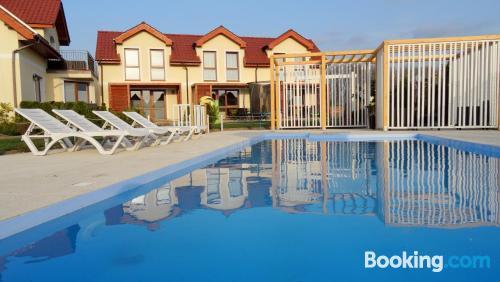 Apartamento apto para familias en zona centro en Sarbinowo