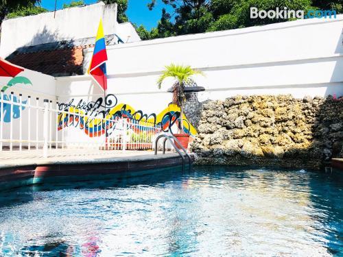 Apartamento en Cartagena de Indias con aire acondicionado.