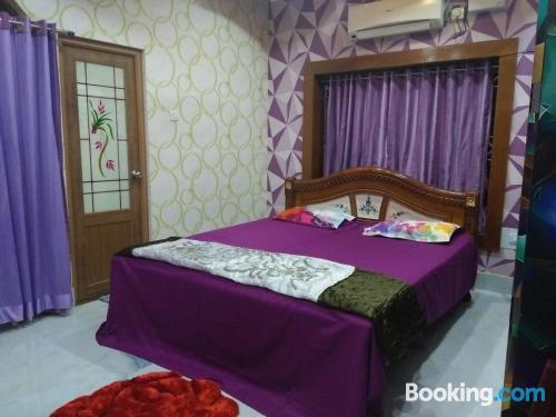 Apartamento con vistas y wifi en Bhubaneshwar. ¡Ideal dos personas!