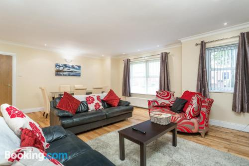 Home for 6 or more. Londonderry from your window!
