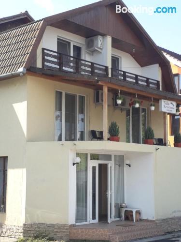 Apartamento con vistas y wifi en Hunedoara. ¡Ideal dos personas!