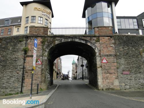 Place in Londonderry with internet