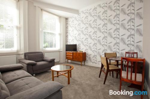 1 bedroom apartment. Ideal!