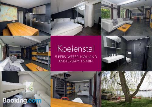 Apartamento en Weesp con terraza y internet