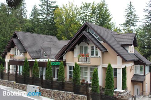 Apartamento con internet ¡con terraza!.