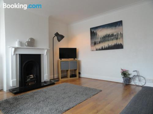 Apartamento de 65m2 en Slough con wifi