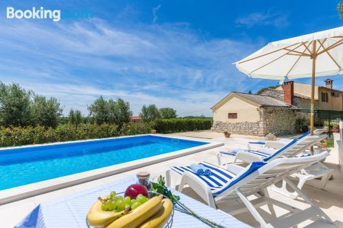 Apartamento con piscina ¡con terraza!.
