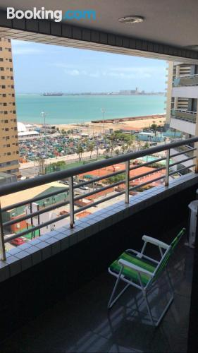 2 rooms place in Fortaleza with internet.