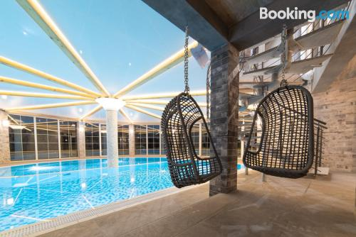Apartment for couples in Bielawa with terrace and pool.