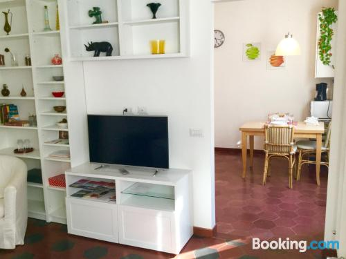 Stay cool: air apartment in Rome. Wifi!