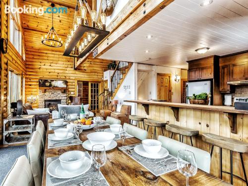 Giant home in Lac-Superieur. Ideal for families