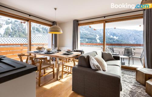 Place in Vaujany with terrace and wifi.