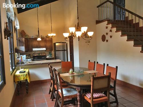 Apartamento de tres dormitorios en Antigua Guatemala ¡Con vistas!