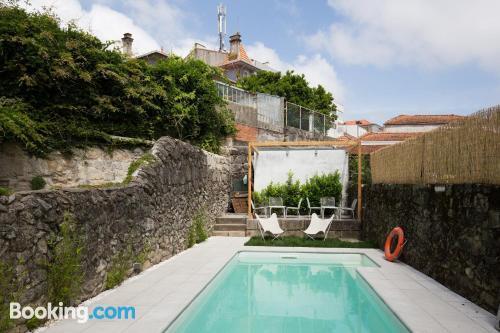 Apartamento en Porto con terraza y conexión a internet