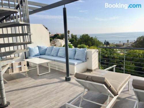 Espacioso apartamento en Benalmádena con piscina.