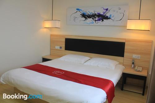 Apartamento con conexión a internet en Jinan