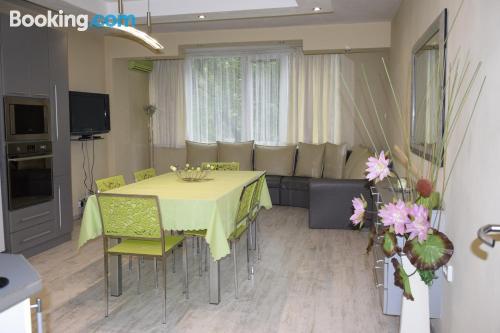 Gran apartamento en Varna con wifi.