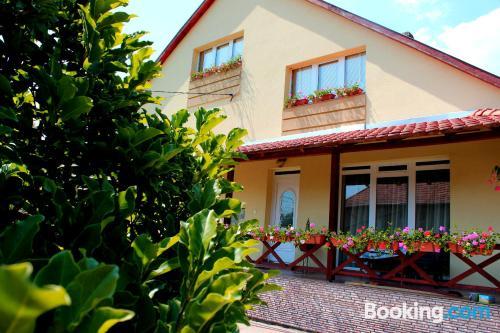 Apartamento con terraza en Noszvaj