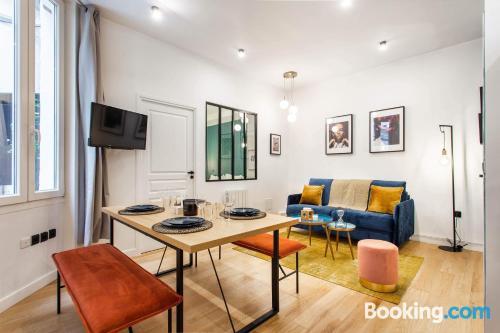 Ideal one bedroom apartment in Paris.