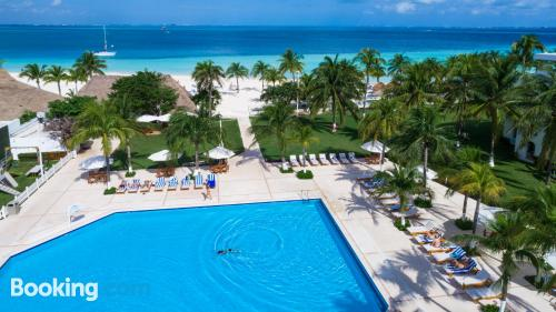 Apartment with air-con. Enjoy your pool in Cancun!
