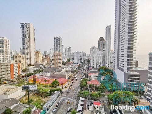 Apartamento en Cartagena de Indias ideal para cinco o más.