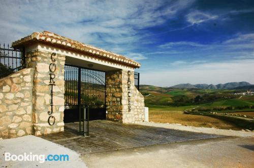Apartamento apto para familias en Alhama De Granada con internet