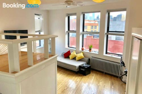 Stay cool: air place in New York with one bedroom apartment.